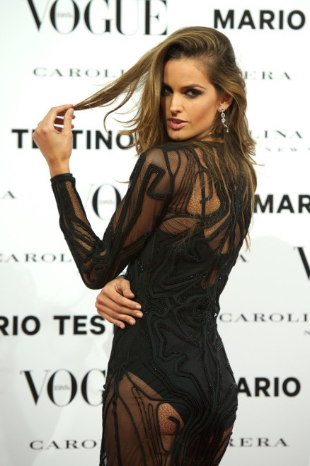 Izabel Goulart - Vogue Mario Testino Launch -02