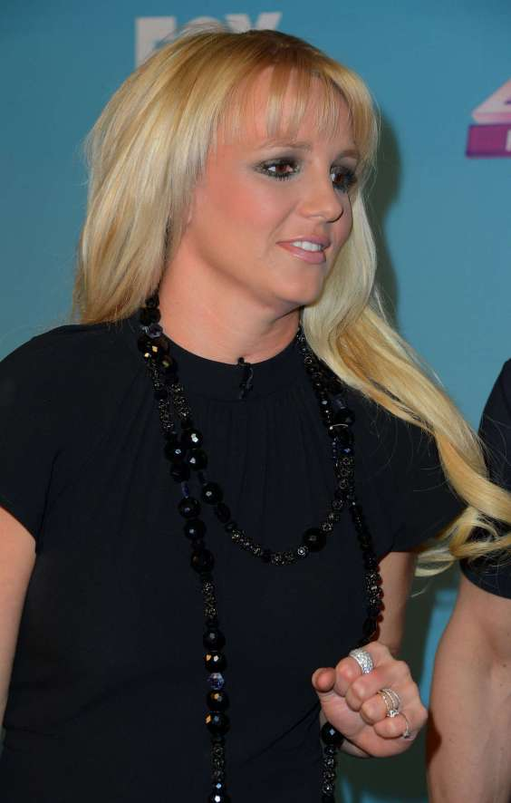 Britney Spears - The X Factor Season Finale -03
