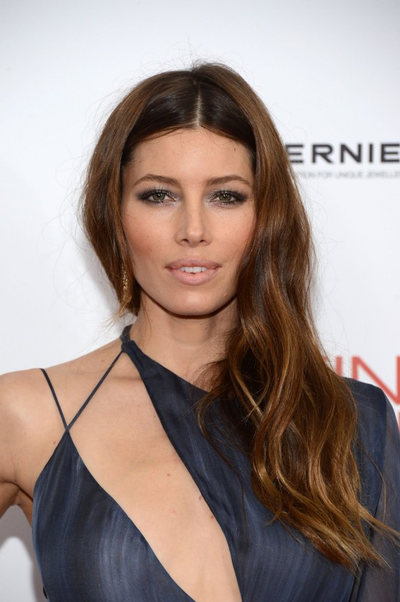 Jessica Biel - Playing For Keeps Premiere-06
