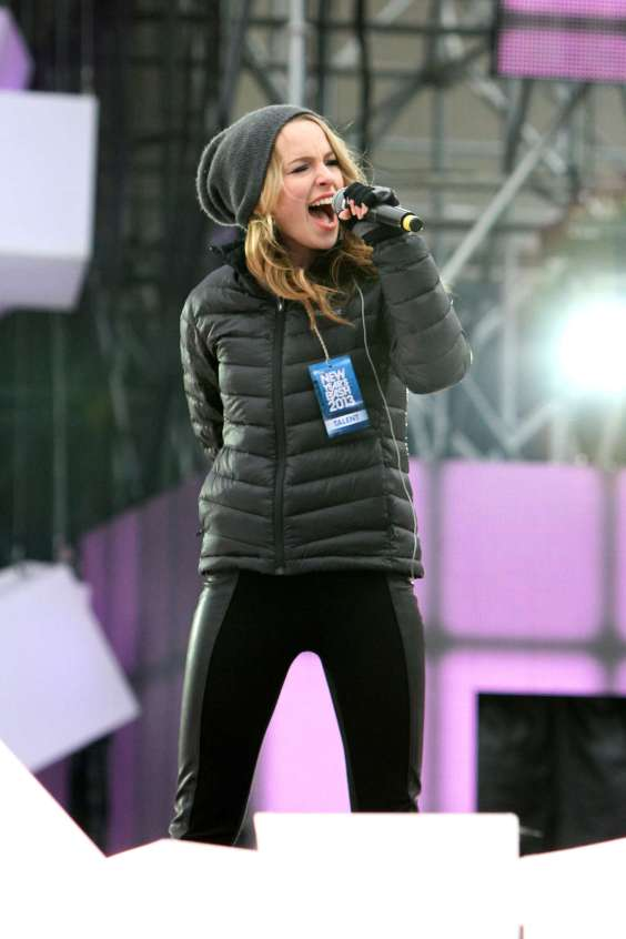 Bridgit Mendler Performs in Toronto -08