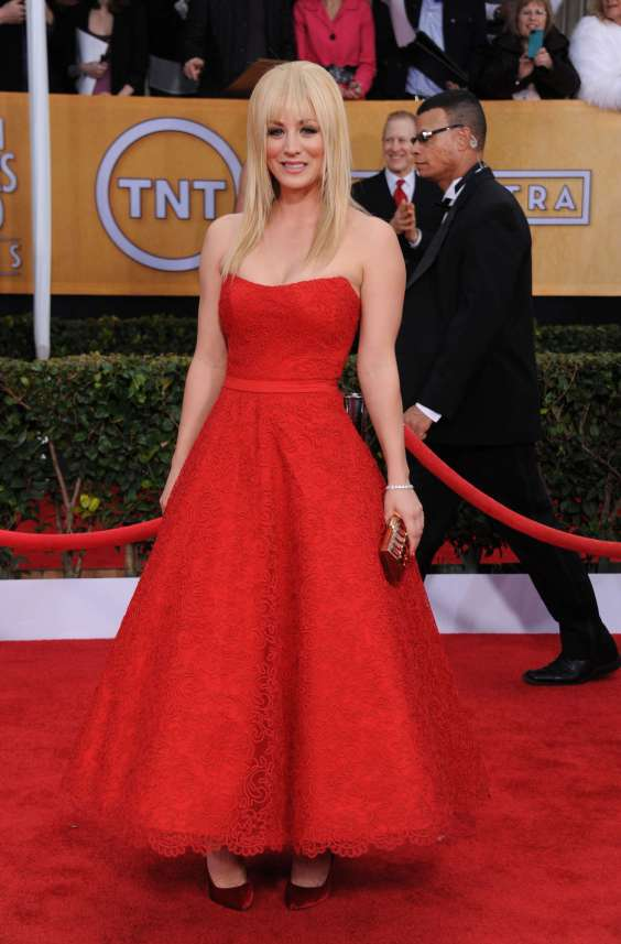 Kaley-Cuoco---19th-Annual-Screen-Actors-Guild-Awards-02