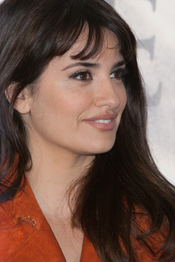 Penelope-Cruz-at-Volver-A-Nacer-photocall--19