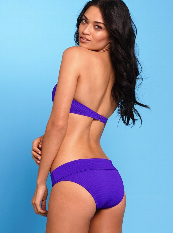 Shanina-Shaik-in-bikini-for-VS--10