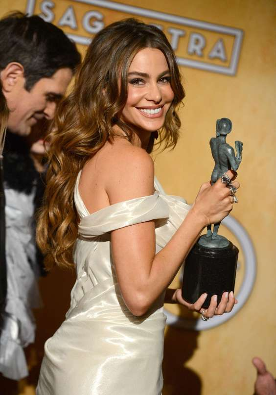 Sofia-Vergara-at-Screen-Actors-Guild-Awards-2013--05