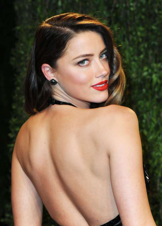 Amber-Heard---Oscar-2013---Vanity-Fair-Party--06