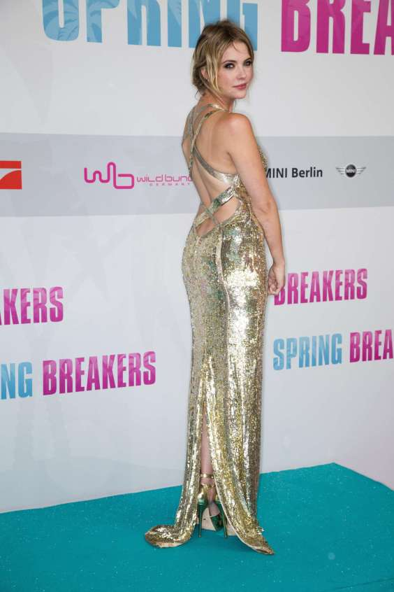 Ashley-Benson---Spring-Breakers-Premiere-in-Berlin-04