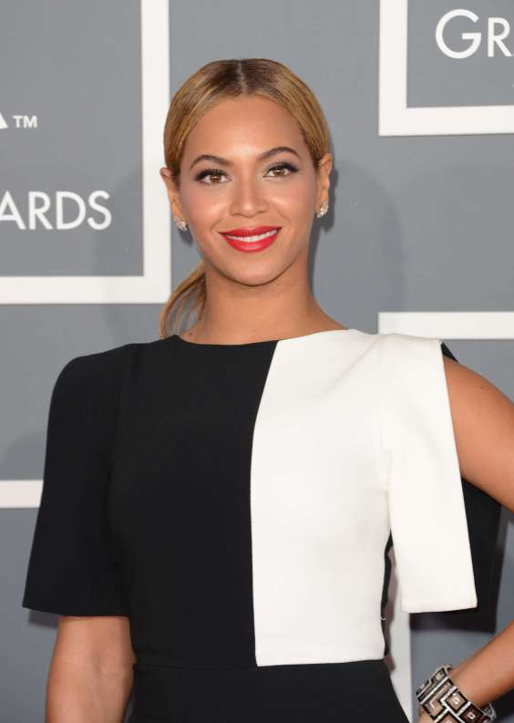 Beyonce---55th-Annual-Grammy-Awards-23