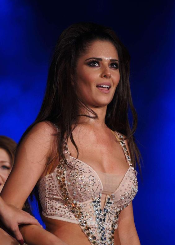 Cheryl-Cole---performing-with-Girls-Aloud-in-Newcastle--13