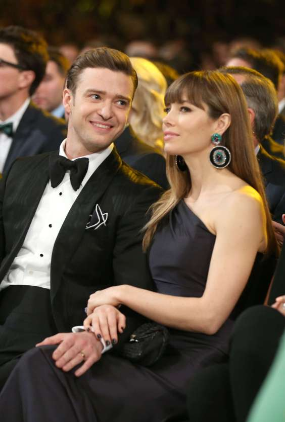 Jessica-Biel-2013-GRAMMY-Awards-03