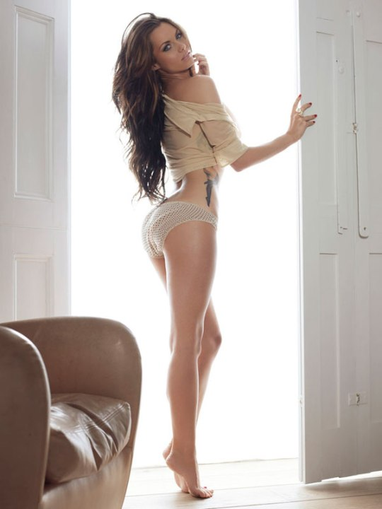 Jessica-Jane-Clement-Is-Pure-Image
