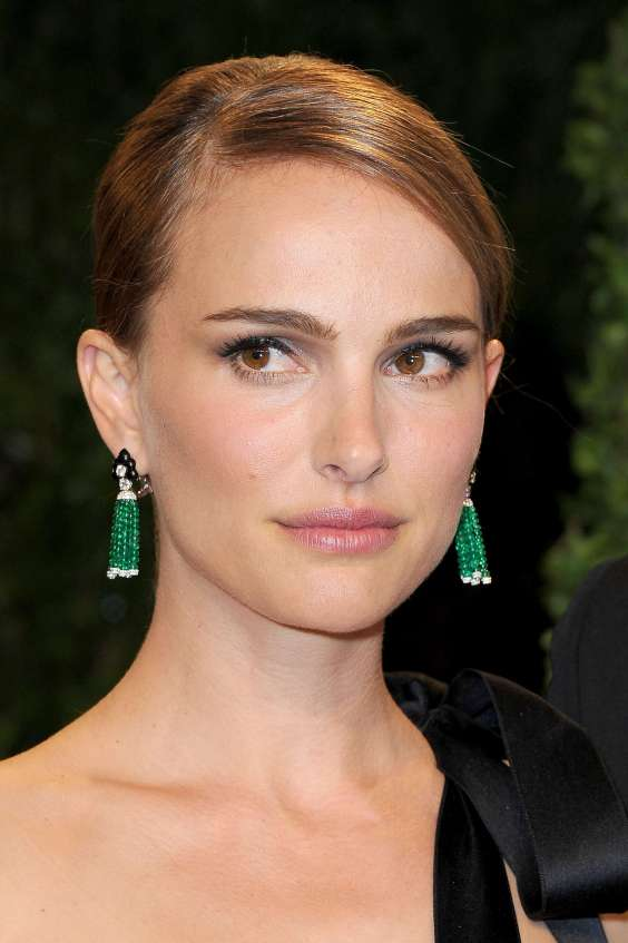 Natalie-Portman---Oscar-2013---Vanity-Fair-Party--01