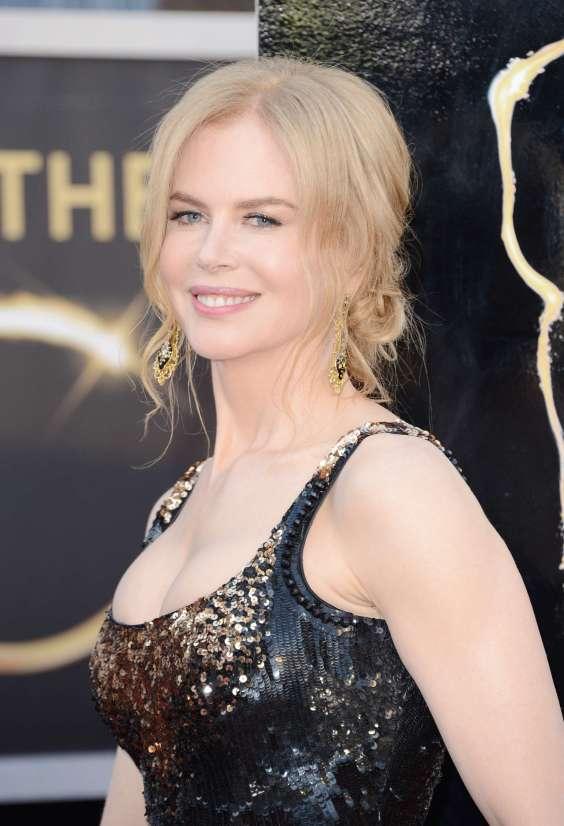 Nicole-Kidman---Oscars-2013--01
