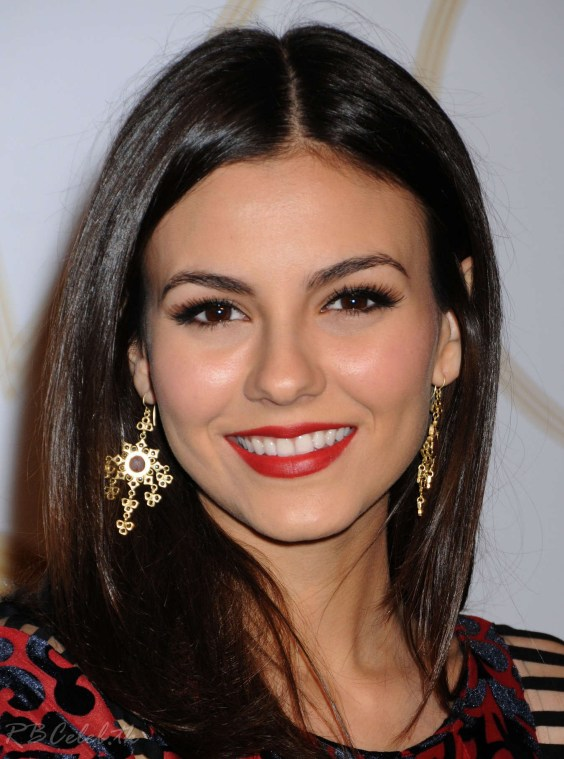 Victoria-Justice-at-2013-LoveGold-Cocktails--05