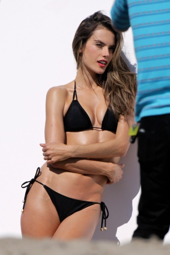 Alessandra-Ambrosio-in-Black-Bikini-Photoshoot--07