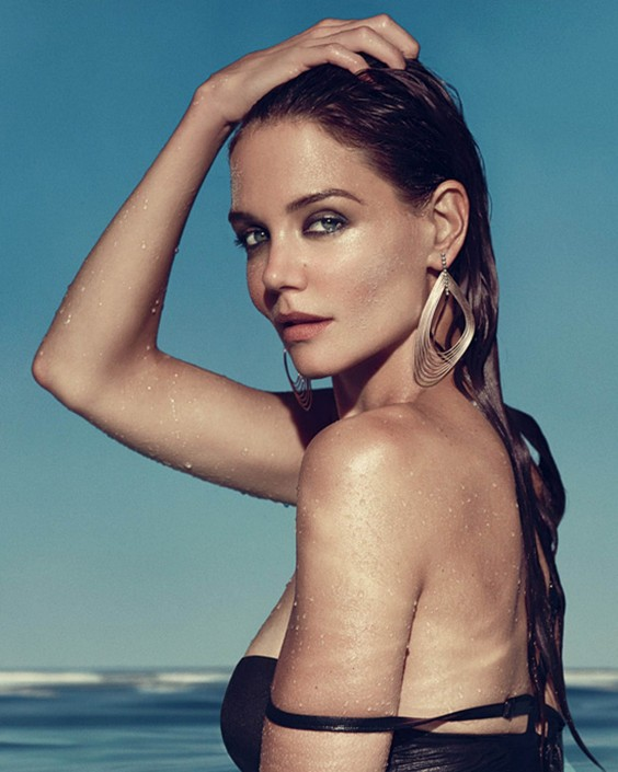 Katie-Holmes---IRIS-Jewelry-Beach-Shoot-ad-campaign--02