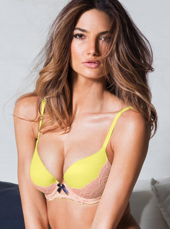 Lily-Aldridge-vs-lingerie-7