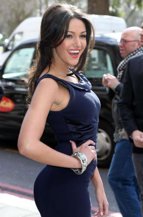 Michelle-Keegan---TRIC-Awards-in-London--03