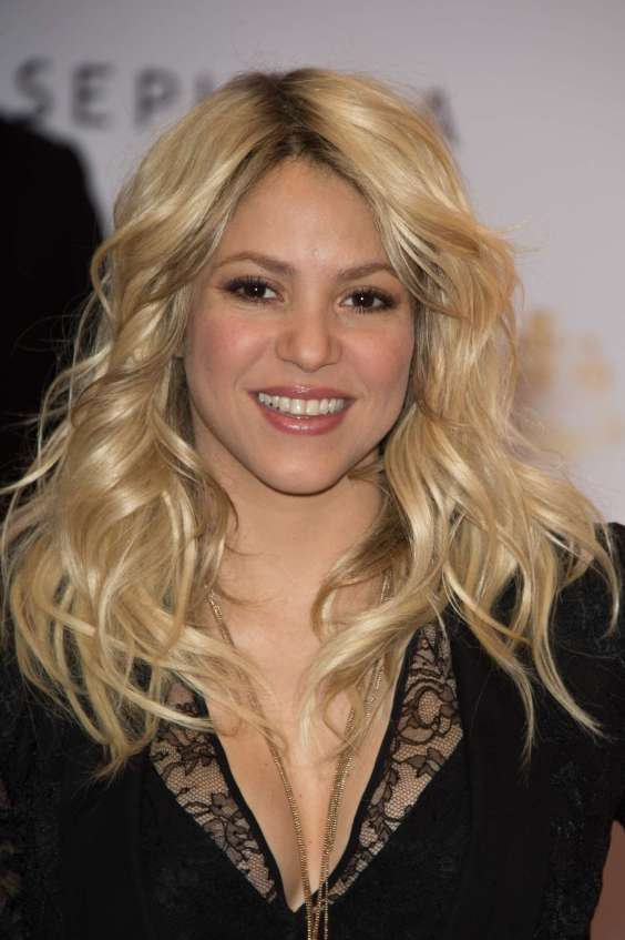 Shakira---S-By-Shakira-perfume-session--13