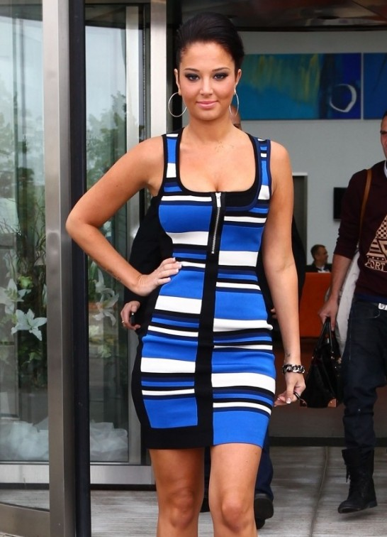 Tulisa-Contostavlos-at-X-Factor-Auditions--04-e1364404840453