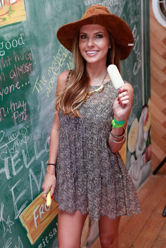 Audrina-Patridge---Fruttare-Hangout-at-Coachella-Day-2--03