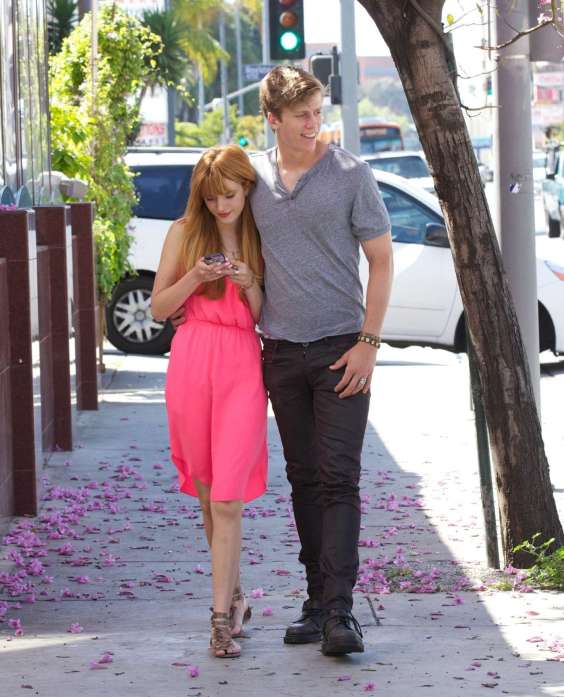 Bella-Thorne-out-in-Los-Angeles--04