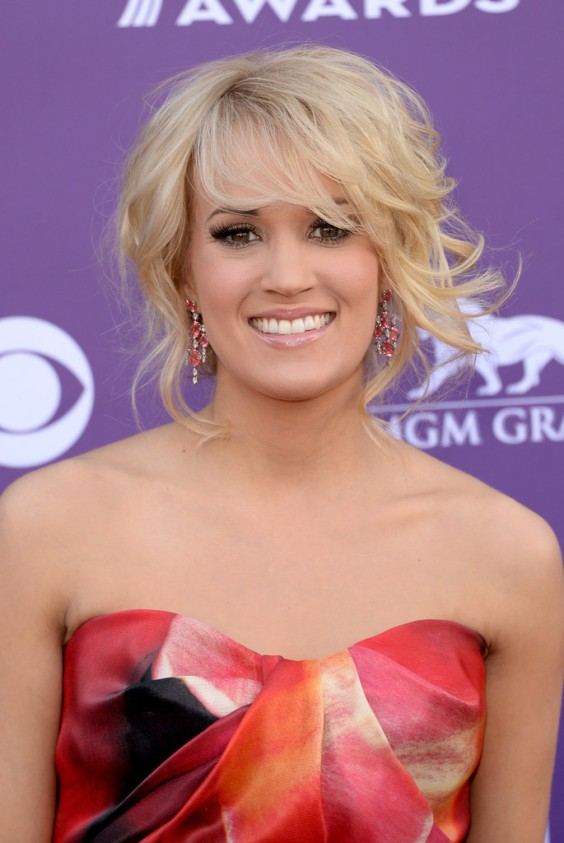Carrie-Underwood---48th-Annual-Academy-of-Country-Music-Awards--07