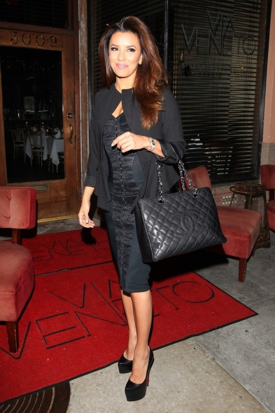 Eva-Longoria-leaving-Via-Veneto-Italian-restaurant--04