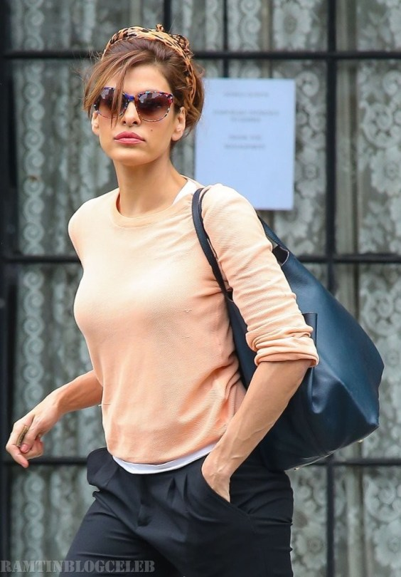 Eva Mendes Checks Out of Her NYC Hotel