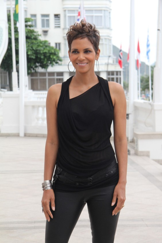 Halle-Berry---The-Call-photocall--03