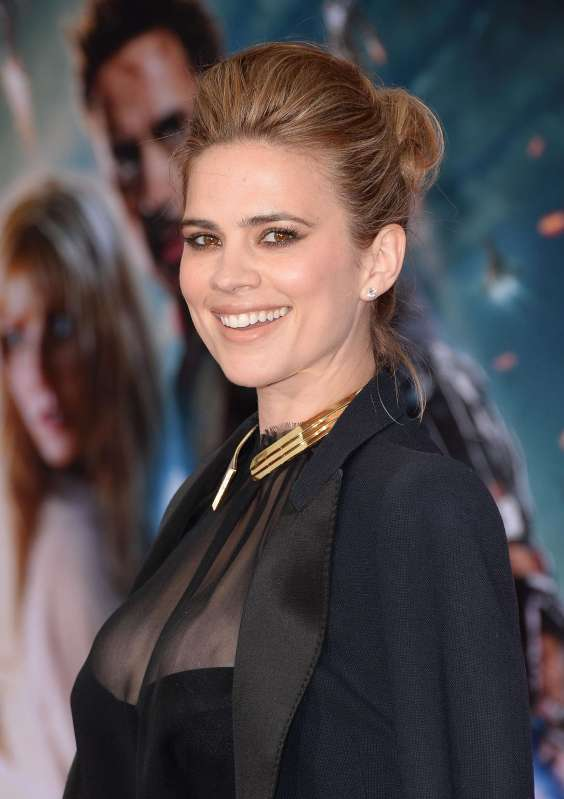 Hayley-Atwell---Iron-Man-3-premiere--10