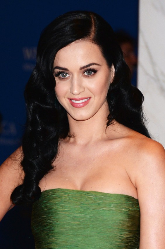 Katy Perry – 2013 White House Correspondents Association Dinner in Washington