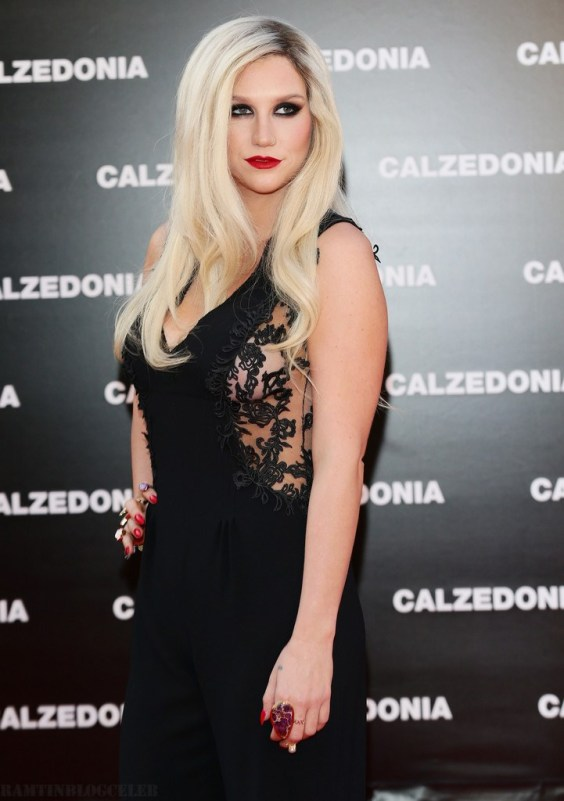 Kesha Calzedonia Summer Show Forever Together