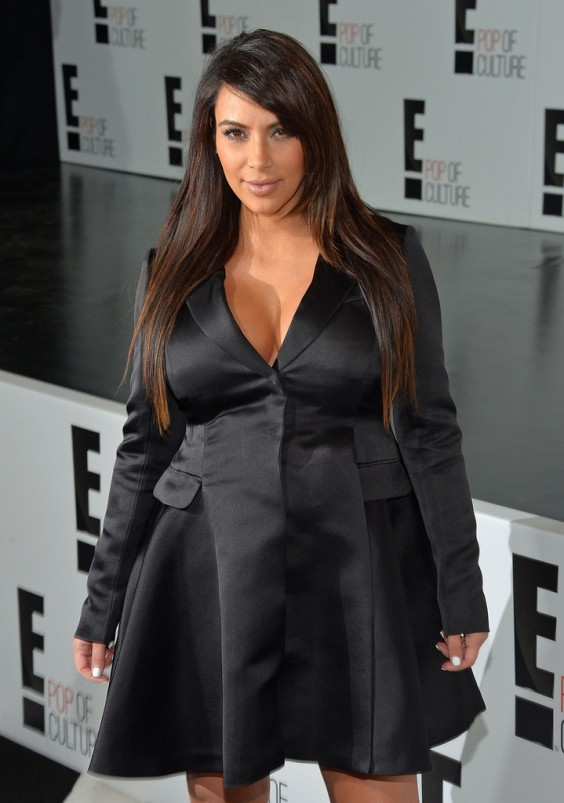 Kim+Kardashian+E+Stars+Gather+NYC+7tAGQDuBrWOx