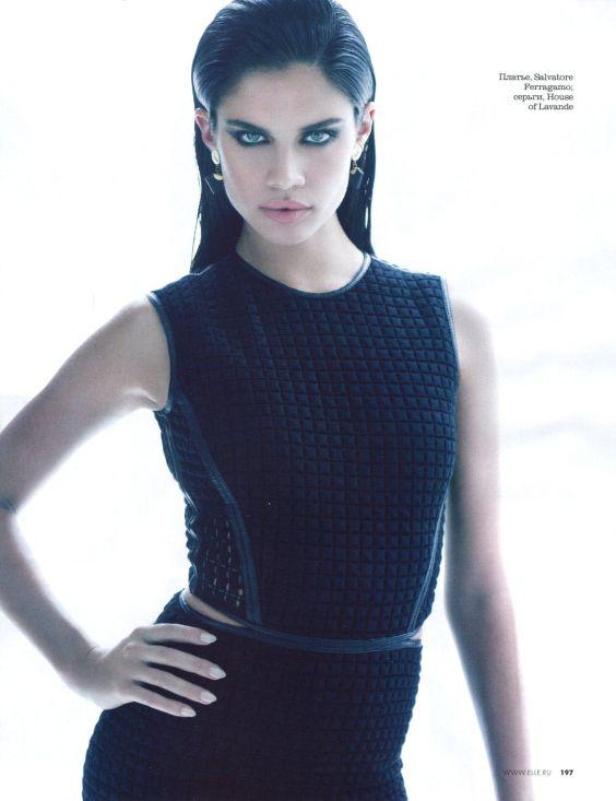 Sara-Sampaio---Elle-Magazine---May-2013--05