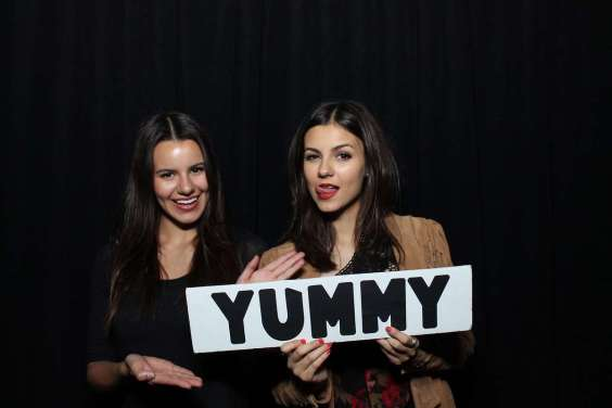 Victoria-Justice---Birthday-Party--09