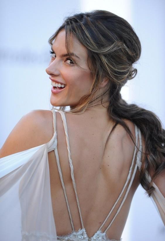 Alessandra-Ambrosio---2013-amFAR-in-Cannes--05