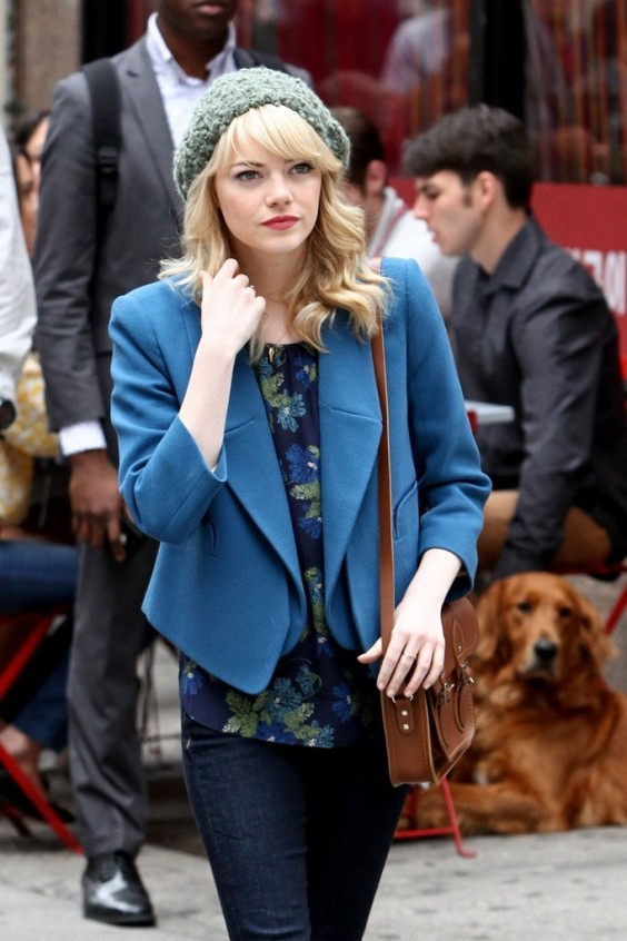 Emma-Stone-on-the-set-of-The-Amazing-Spider-Man-2