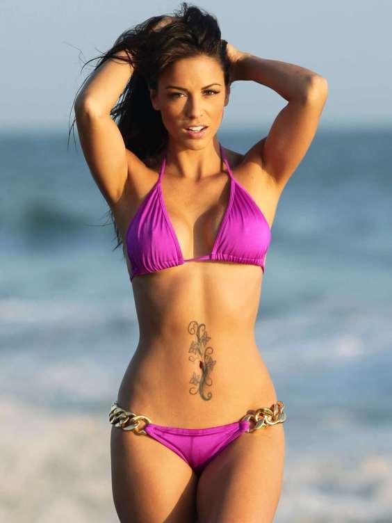 Melissa-Riso---Bikini-Body-in-Malibu-09