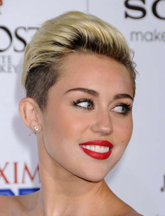 Miley-Cyrus-at-the-Maxim-Hot-100-Party--33