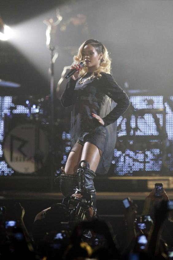 Rihanna+Rihanna+Performs+Bilbao