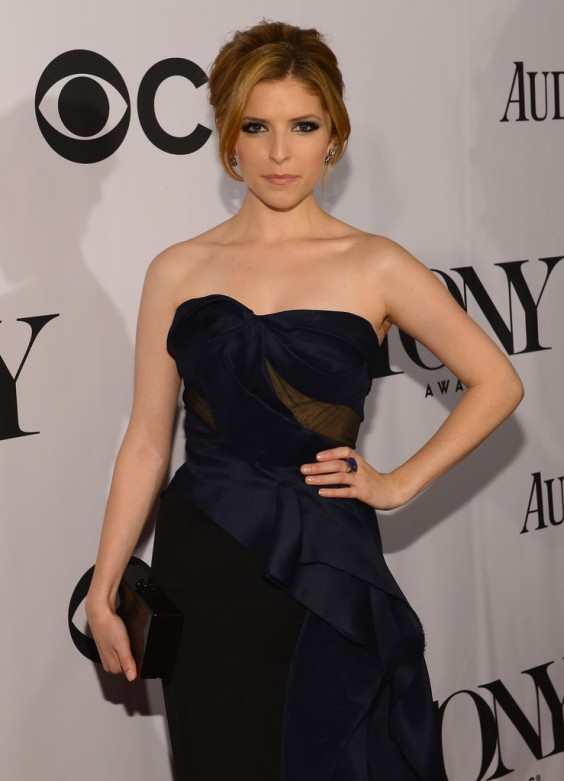 Anna-Kendrick---67th-Annual-Tony-Awards-in-NYC--04