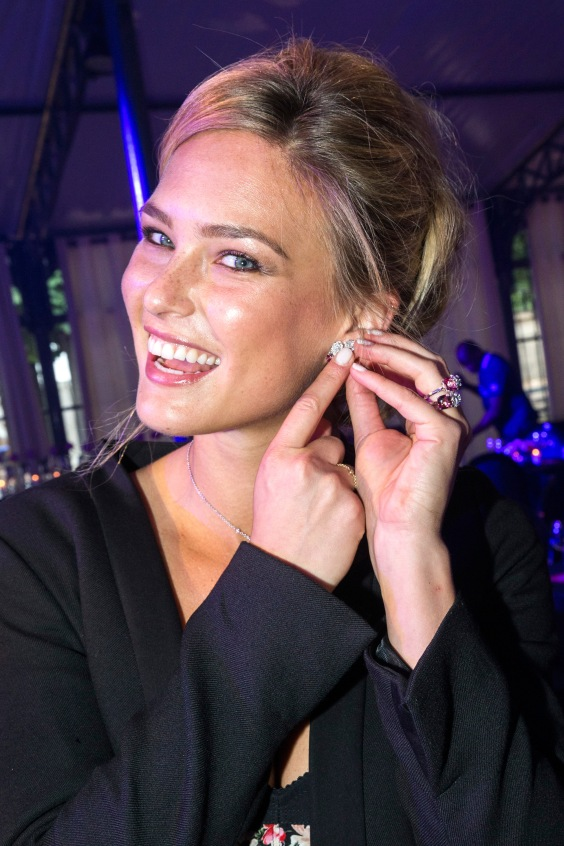 Bar-Refaeli-Hot-In-Floral-Dress-at-Piaget-Rose-Day-Private-Event--04