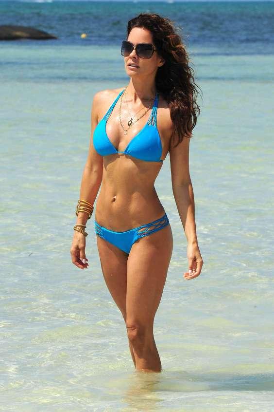 Brooke-Burke-in-Bikini--34