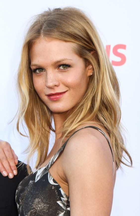 Erin-Heatherton---Up2Us-2013-Gala--01