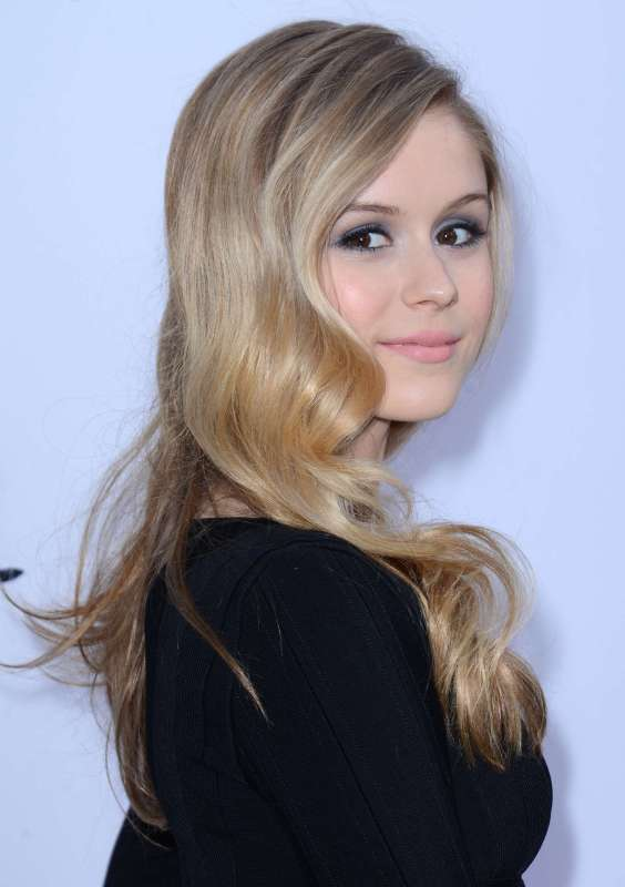Erin-Moriarty---The-Kings-of-Summer-screening-in-Hollywood--11