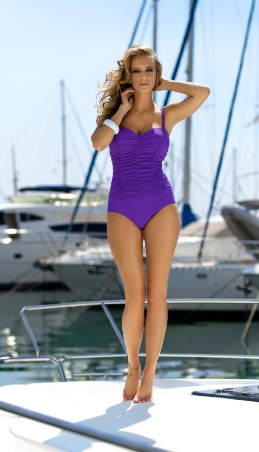 Ewelina-Olczak-self-swimwear-28-586x1024
