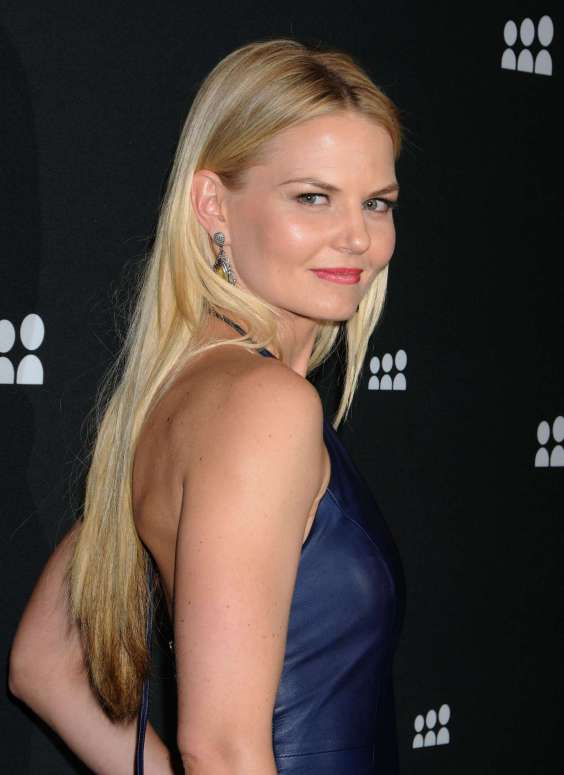 Jennifer-Morrison-Hot-in-tight-dress-at-2013-Myspace-Event--13