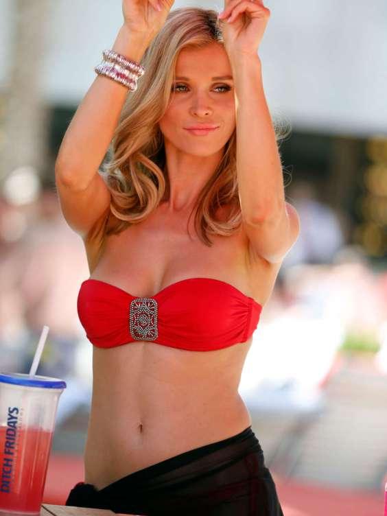 Joanna-Krupa---Swimwear-Collection-Launch-in-Vegas--11