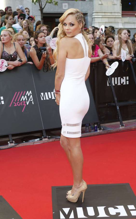 Laura-Vandervoort---2013-MuchMusic-Video-Awards-in-Toronto--04