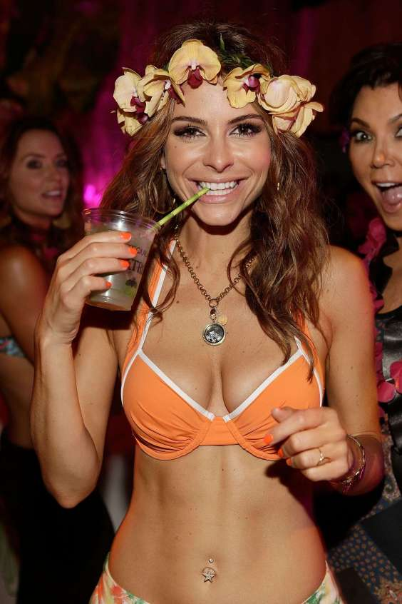 Maria-Menounos-in-bikini-at-birthday-party--05